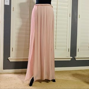 *Lush* Pink Accordion Pleat Maxi Slit Dress S